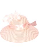 قبعة Gigi Burris Millinery المزينة بالريش